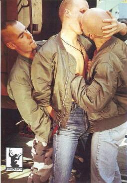 Для меня стало большим откровением узнать недавно о существовании гей-скинх